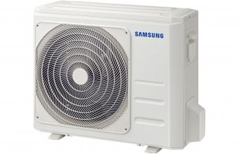 Sieninio-Silver-kondicionieriaus-7.0/7.3-kW-išorinis-blokas